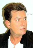 charlie-sheen-lelo-hex-2