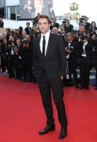 robert-pattinson-at-cannes-2012-1
