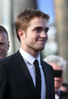robert-pattinson-at-cannes-2012-2