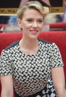 Scarlett Johansson Gets Hollywood Star