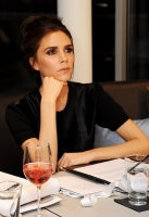 victoria-beckham-london-fashion-week-1