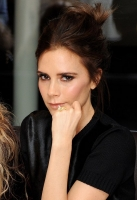 victoria-beckham-london-fashion-week-2