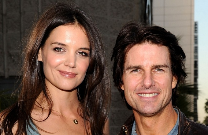 superstar Tom Cruise and Katie Holmes are apparently set ... Katie Holmes Divorce