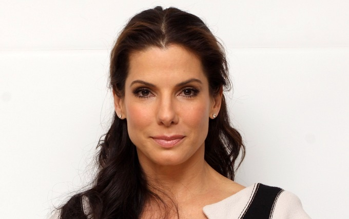 Sandra Bullock Set For Despicable Me Minions Movie : Red