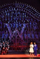 charlie-and-the-chocolate-factory-musical-2013-17