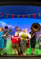 charlie-and-the-chocolate-factory-musical-2013-20