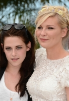 Kristen Stewart & Kirsten Dunst