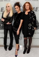 victoria-beckham-london-fashion-week-10