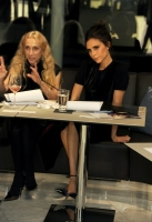 victoria-beckham-london-fashion-week-15